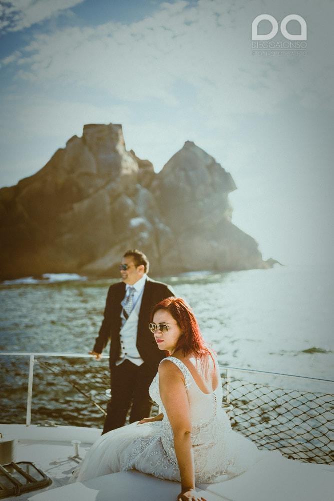 Una postboda en yate de lujo por la Costa da Morte: Laura & Adrián 10