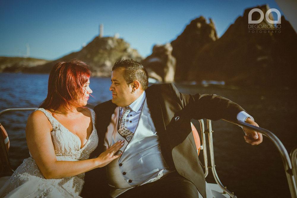 Una postboda en yate de lujo por la Costa da Morte: Laura & Adrián 14