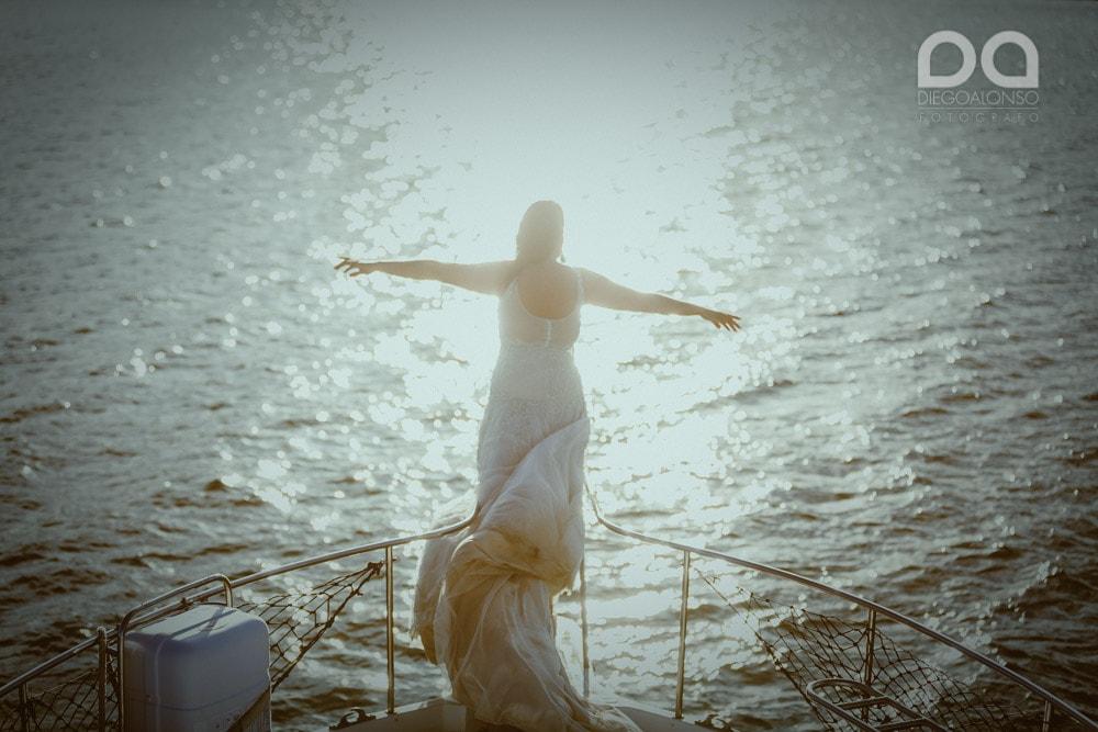 Una postboda en yate de lujo por la Costa da Morte: Laura & Adrián 25