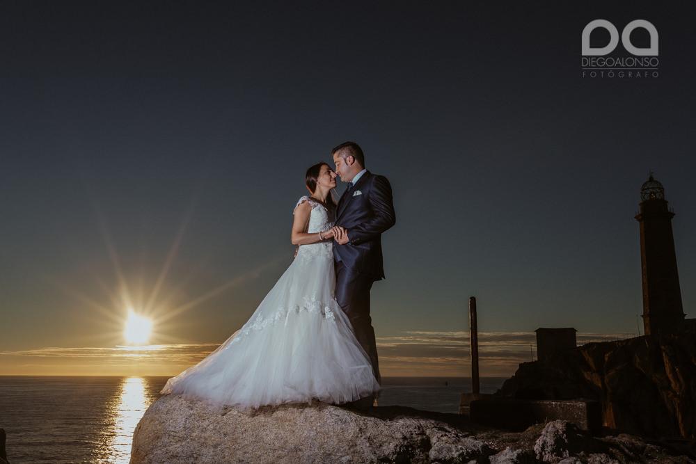Bibiana & Marcos: Postboda en la Costa da Morte, donde muere el sol 19