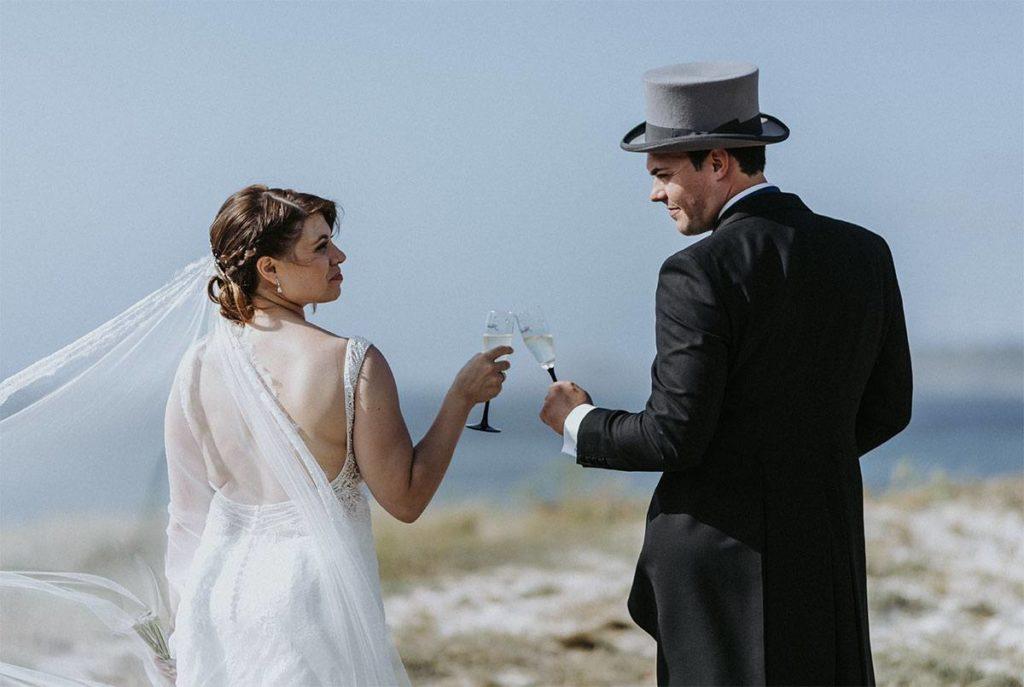 La proyección del día de la boda de Jenni y Santi